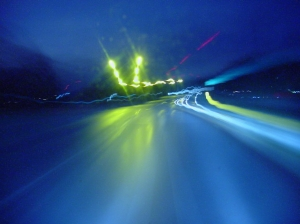 Highway_at_night_slow_shutter_speed_photography_02