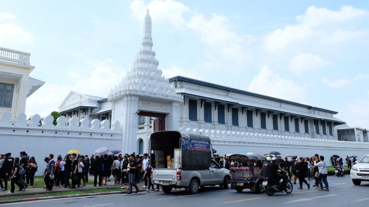 grand-palace-gate